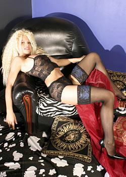 Super Blondine Lola 2