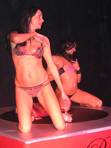 Two lesbian table dance girls on the Extasia 2006 in Zurich