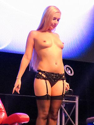 Hauptbühne - Lena Nitro - Swisscum Extasia 2016